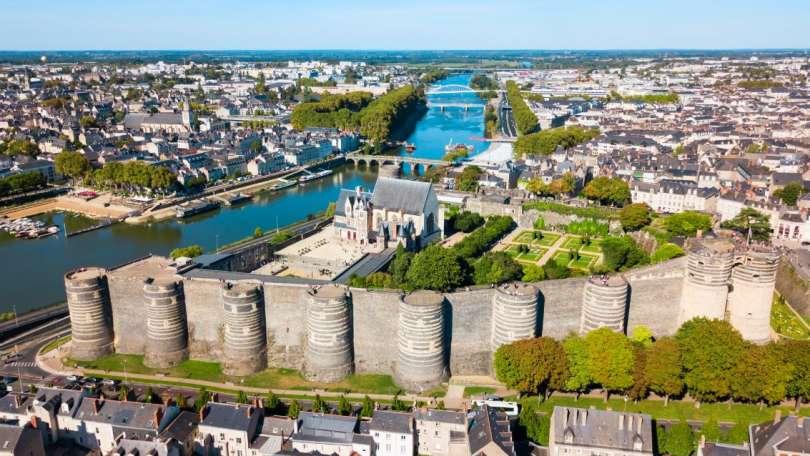 Investissement location meublée Angers : les bons endroits à choisir